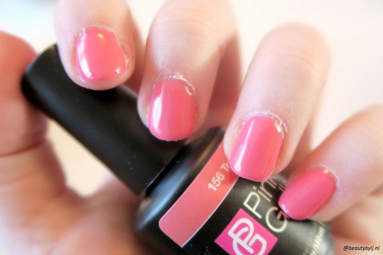 pinkgellac5