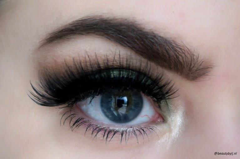 annytude sassy lashes-2